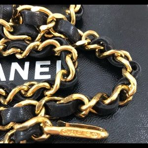 CHANEL Accessories - 🆕 Chanel Medallion Chain leather Belt